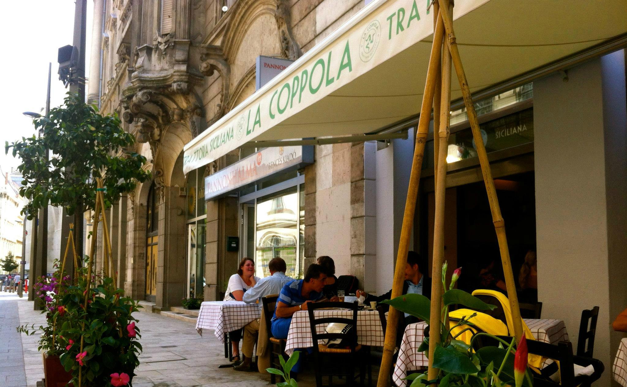 פיצה ופסטה בבודפשט - מסעדת קופולה