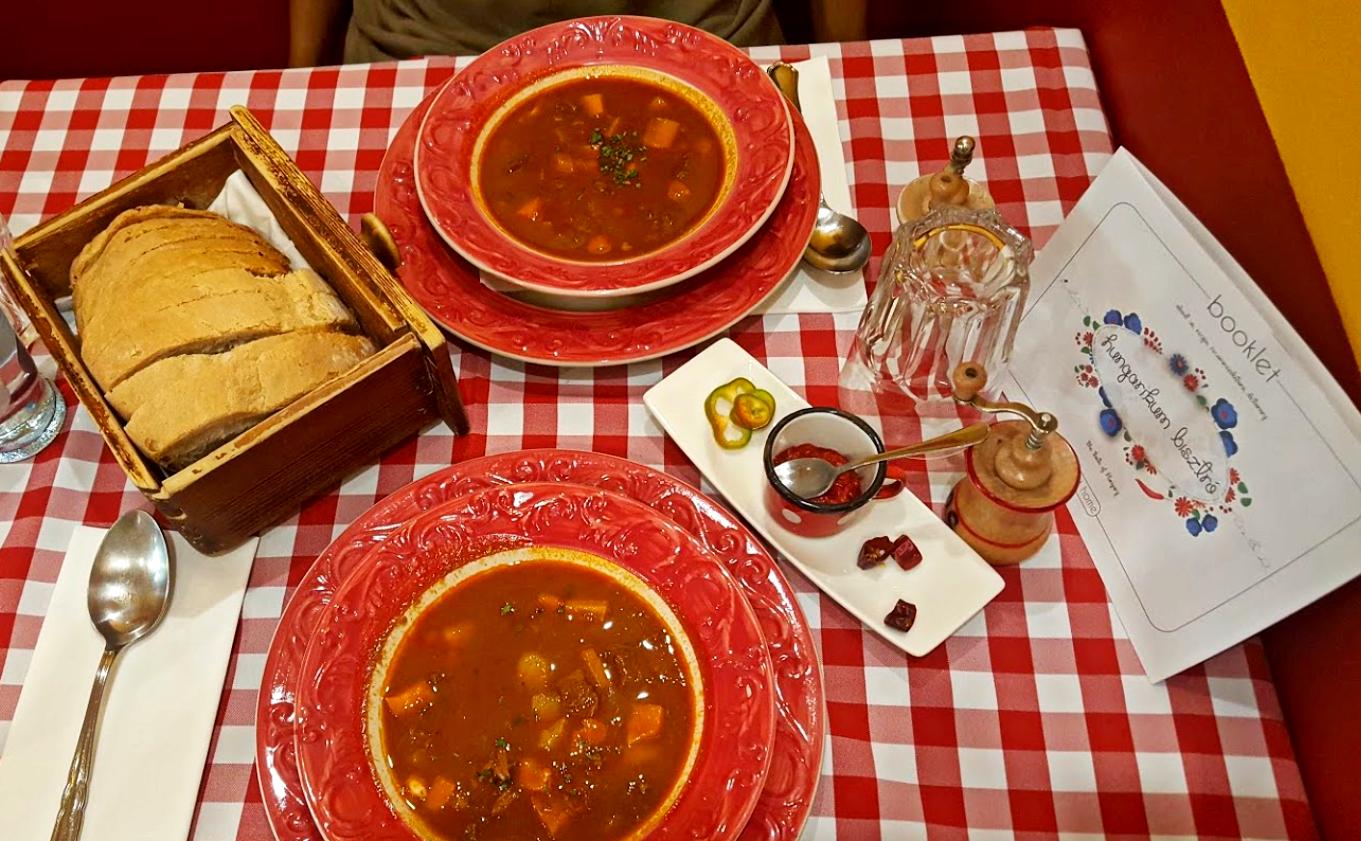מסעדת הונגריקום ביסטרו