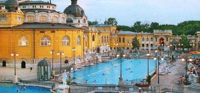 מרחצאות סצ'ני בודפשט הונגריה