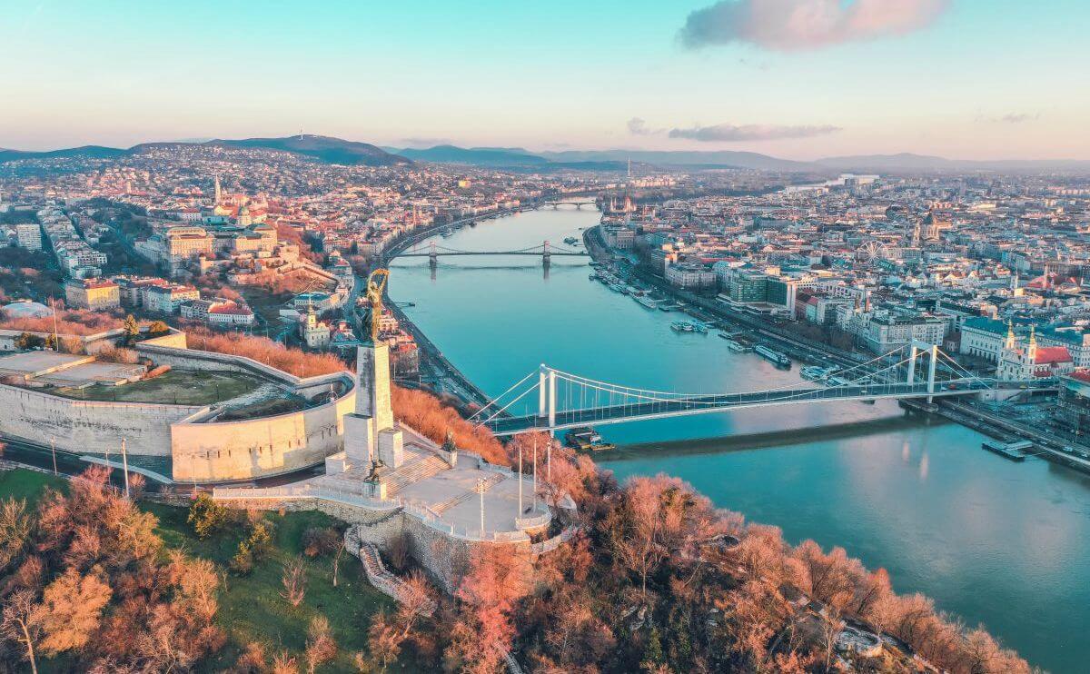 בודפשט בעונת הסתיו נובמבר