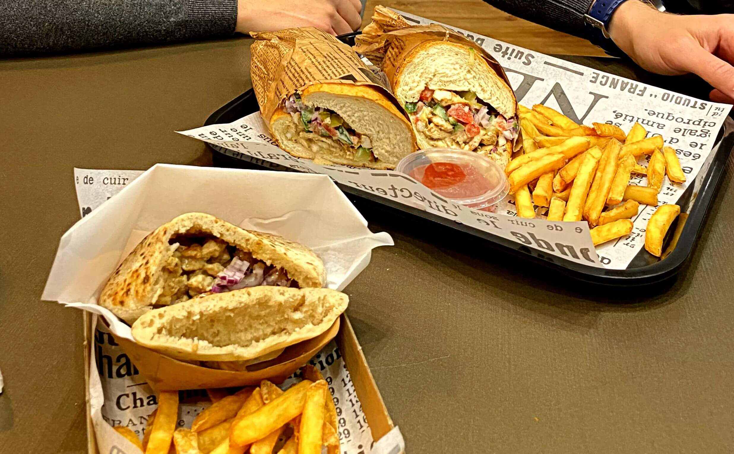 מסעדות כשרות בבודפשט - מסעדת מיטאפ מסעדת מזון מהיר בשרית כשרה למהדרין