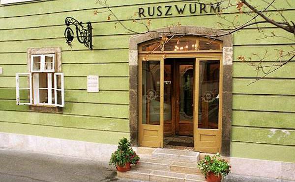 קונדיטוריית רוזוורם בבודפשט