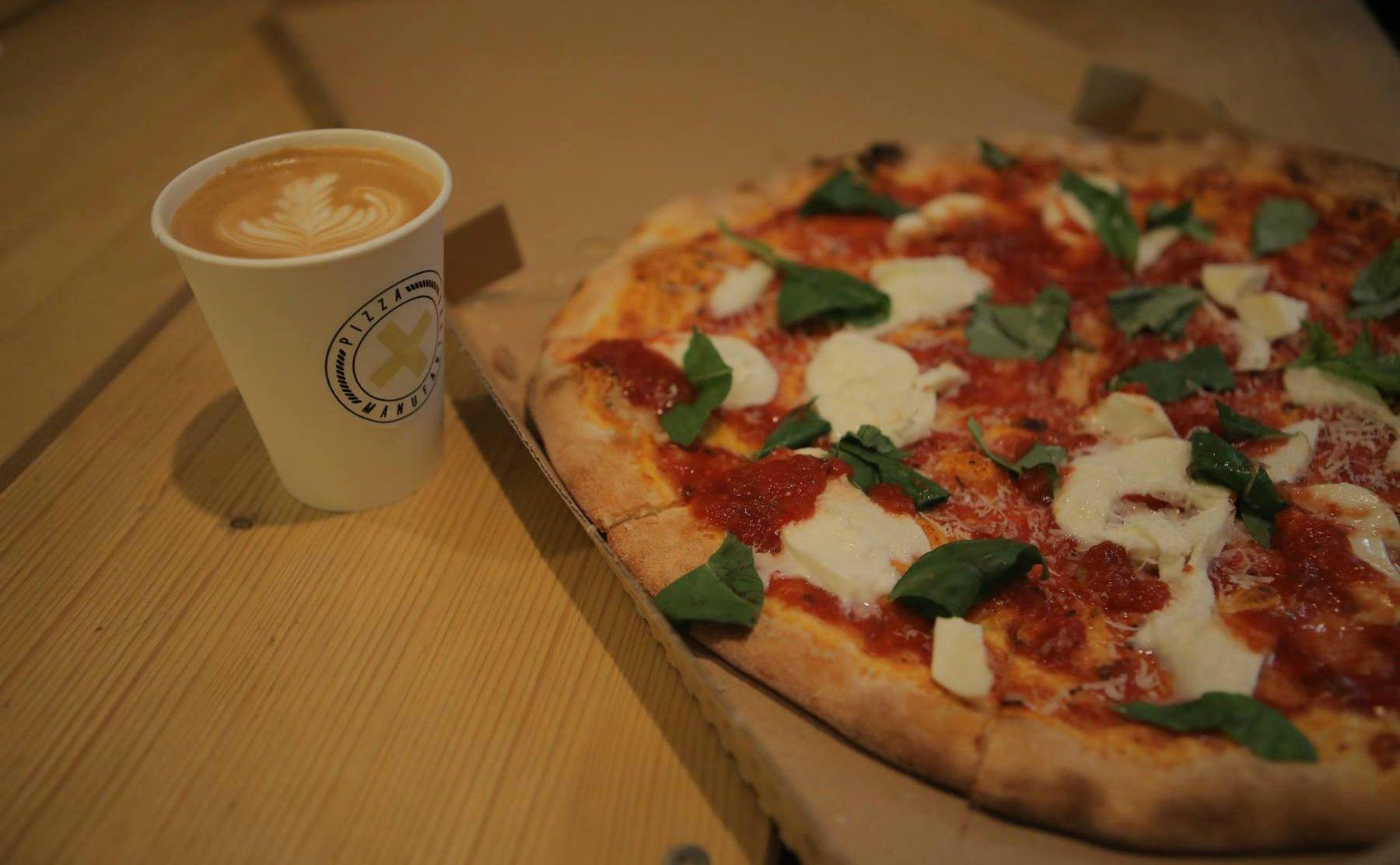 Pizza Manufaktura Budapest פיצריה בבודפשט