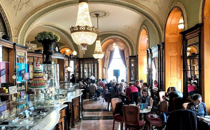 בית קפה ג'רבו בודפשט הונגריה