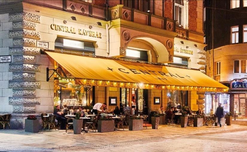 בתי קפה בבודפשט בית קפה סנטרל