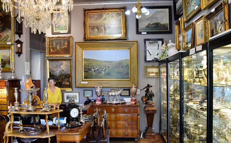 חנויות עתיקות וגלריות רחוב פאלק מיקשה בבודפשט falk miksa utca budapest antiques and galleries