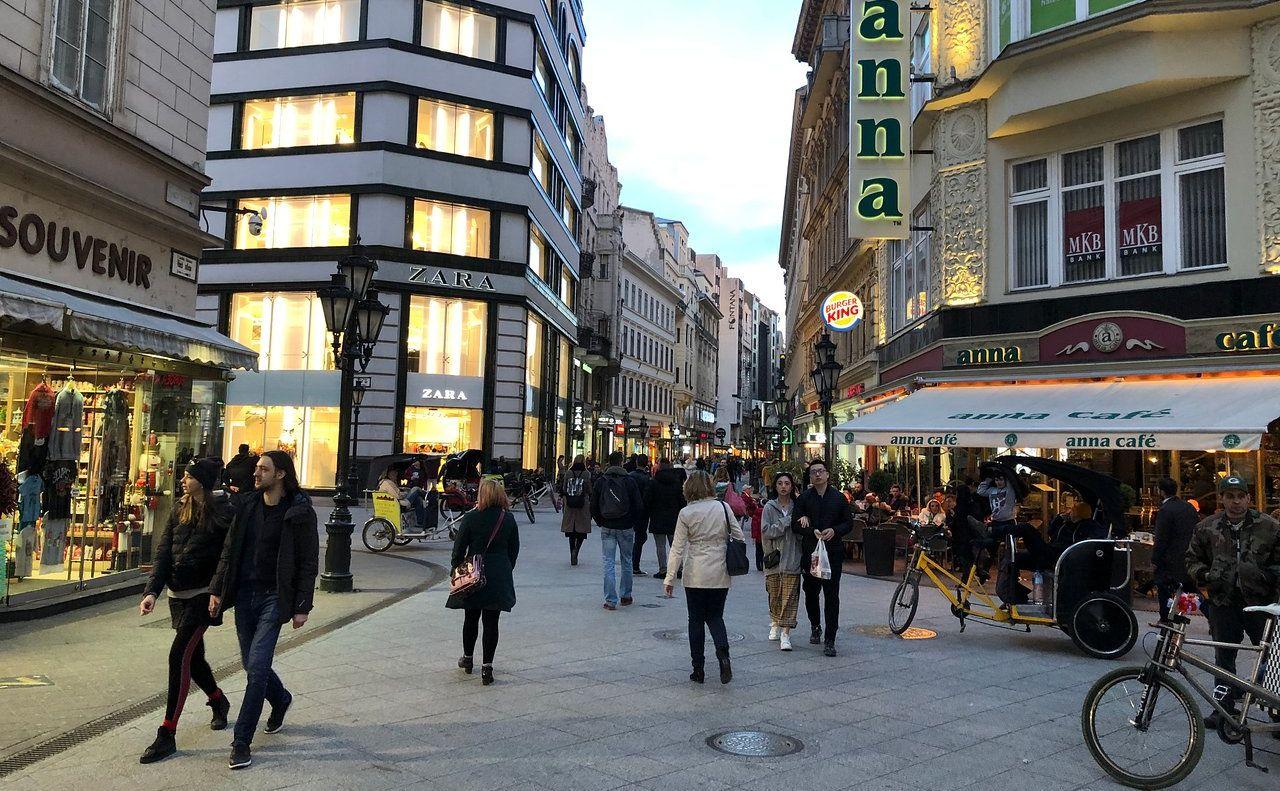 מדרחוב ואצי בבודפשט