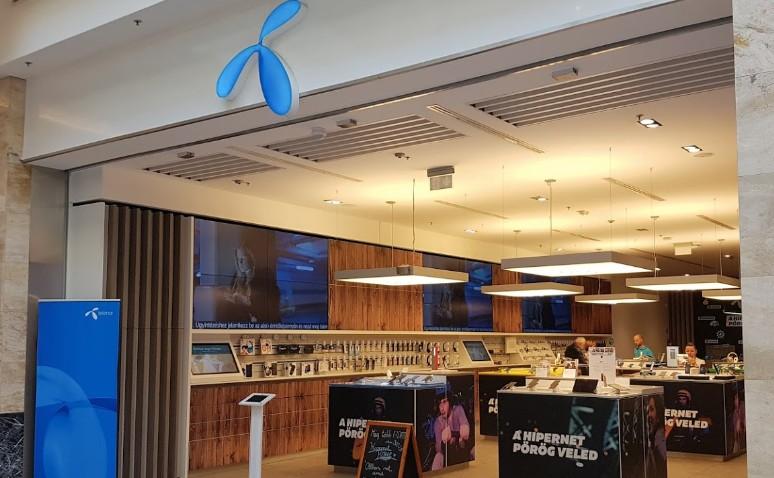 Arena Mall Telenor Budapest - חברת תקשורת טלנור בבודפשט הונגריה קניון ארנה
