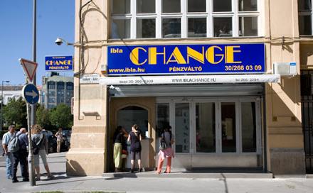 IBLA money exchange Budapest המרת כספים בבודפשט - המרה משקלים יורו או דולרים לכסף מקומי הונגרי פורינט