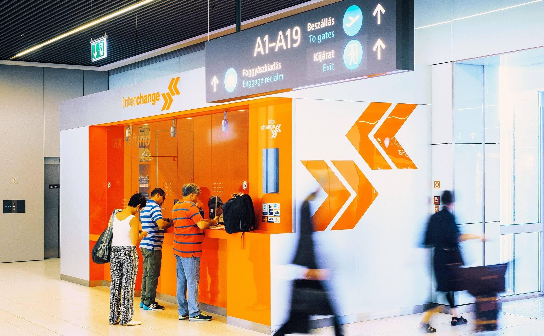 tax refund interchange Budapest Airport החזר מס בבודפשט דוכן אינטרצ'יינג'