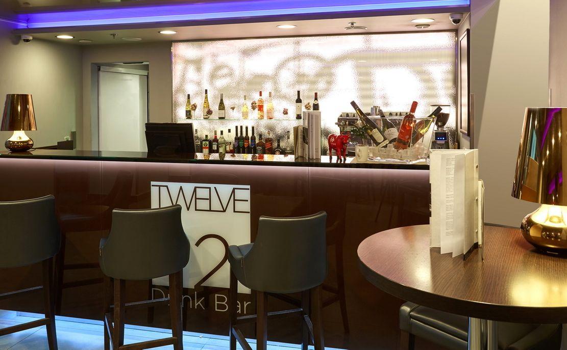 בתי מלון מומלצים בבודפשט הונגריה מלון REVAY 12