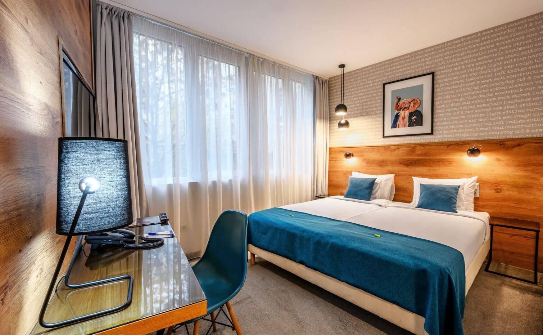 Roombach Hotel Budapest בית מלון 3 כוכבים בבודפשט בלב העיר